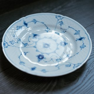 B&Gー 唐草鱼鳞 antique grooved bread plate / Bing&Grondahl European antique old pieces
