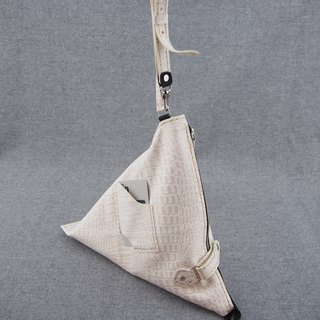 Triangle bag leather tote