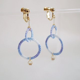 W Ring Earrings/Light blue