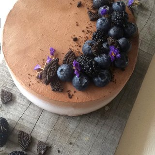 Blueberry heart cocoa raw cheese
