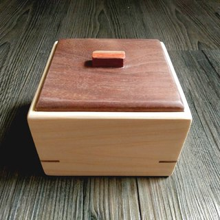 """一"" -- Handmade log small storage box"
