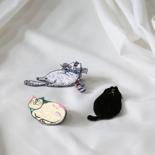 Jeep cat embroidery pin