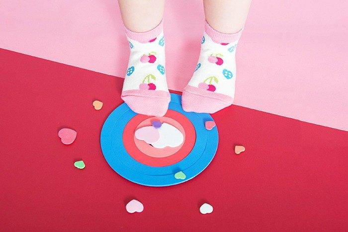 【快速出貨/免運】櫻桃心防滑2分之1童襪│質感禮盒包裝
