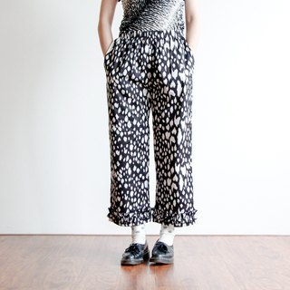 Panther lotus leaf wide pants