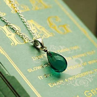 Glass drop Petit pendant emerald green color of