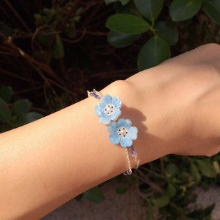 *Haku‧Neko*hand-painted powder blue butterfly flowers swaying crystal beads double hand and chain bracelet