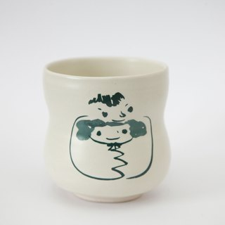 Brut Cake handmade ceramic – smiley face mug 360ml (19) , curve shape, hand drawn face pottery cup. A great gift idea !