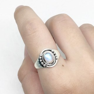 Moonlight stone 925 sterling silver thick silver exotic style ring Nepal handmade mosaic production (style 2)