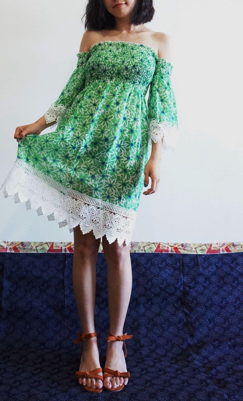 5aae0b94b58f -Chicken Dock - Green Watercolor Flowers Off Shoulder Dress - Designer  henwood296