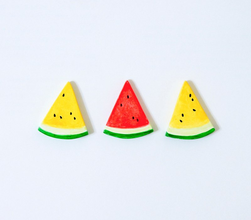 Small watermelon brooches