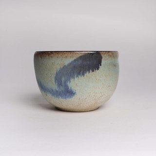 Green ear, yellow and blue tea bowl