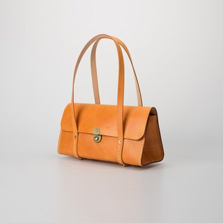 [tangent pie] large capacity ladies handbag triangle handmade leather retro tote bag