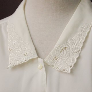 Vintage Japanese Elegant Small Flower Embroidered Lapel Loose White Long Sleeve Vintage Shirt