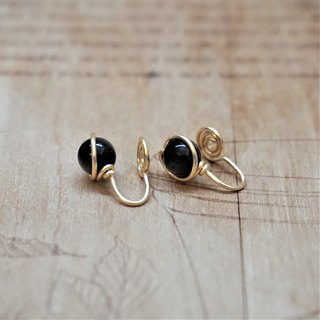 << Gold wire frame ear clip - black onyx >> 6mm black agate (with ear needles)