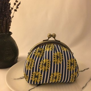 Blue and white striped sunflower mouth gold purse
