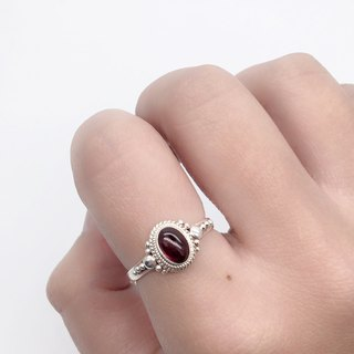 Egg noodles garnet elegant ring in Sterling Silver made in Nepal handmade inlay