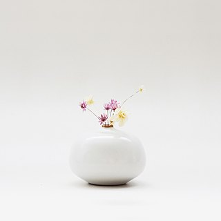 Handmade Ceramic White Mini Flower Device - Oblate Type