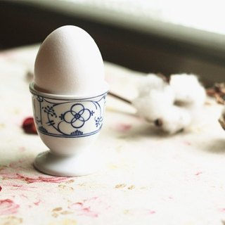 【Good day fetish】 Belgian vintage classic classical egg cup