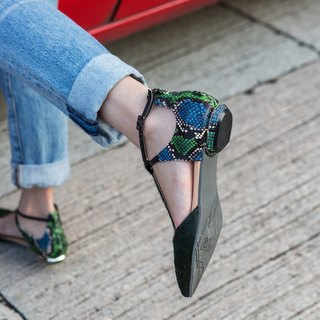 Blue and green serpentine horseshoe pointed flat shoes