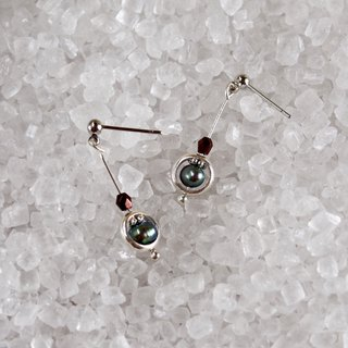 Black Swan - Sterling Silver Black Pearl Wreath Drop Earrings Ear/Ear clips < Limited Edition>