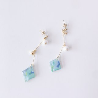 Hill Note Series - Galaxy Dangle on the top of the mountain hand-painted temperament handmade earrings ear / ear clip