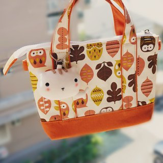 Bucute Autumn Yoshino cat at any time slip cell phone small bag / birthday gift / travel abroad / exchange gifts / hand made / Japan imported calico