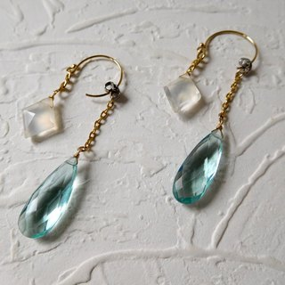 14k Gold Hook Geometry Moonstone Quartz Buckle Earrings
