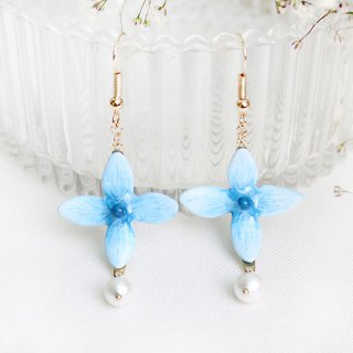 Handmade Hydrangea earrings (Blue)