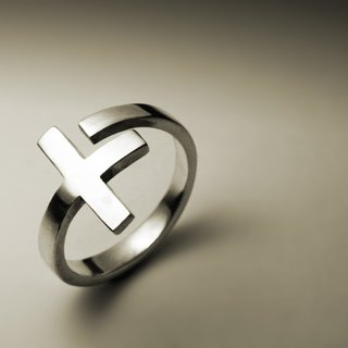 Smooth shape cross ring