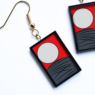 "Hanafuda earring / earring - moon (Japanese Playing Card Pierce / Earring ""Moon"")"