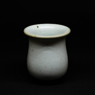 Green glaze cup. Scent of incense. Sake glass