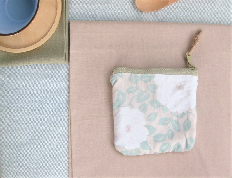Camellia I Limited Edition Small Meal Bag Coin Purse