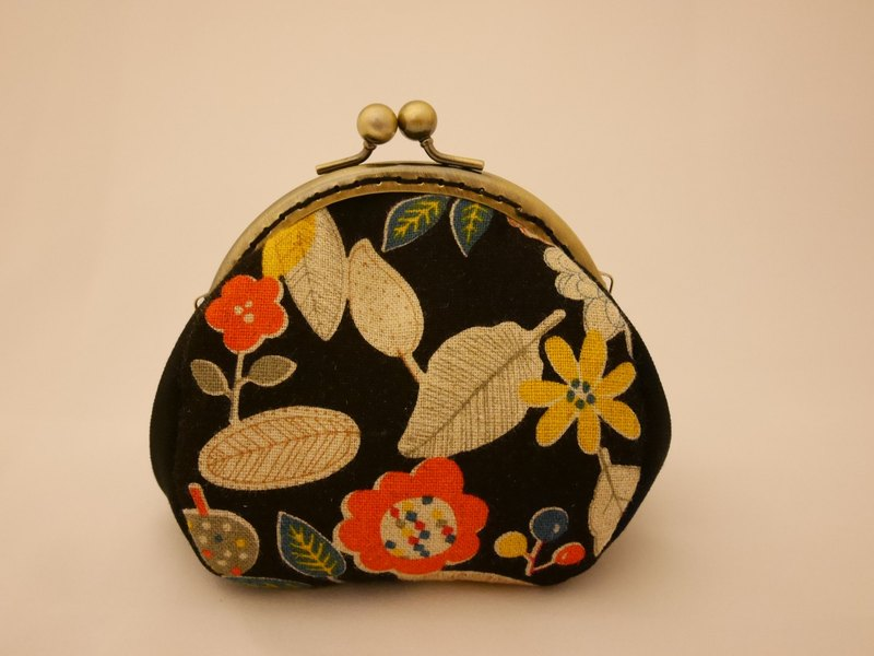 Autumn wind mouth gold coin purse