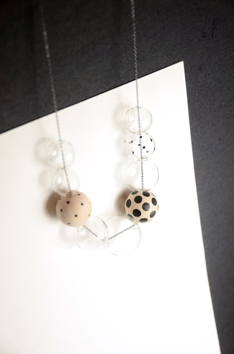 GIOIA BLACK - Glass Bubbles +Handpainted wooden beads Necklace