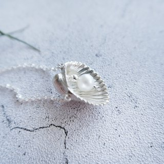 925 Silver  Snow-white Shell Pearl Necklace