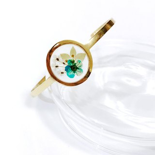 Pressed Flower Golden Framed Bangle