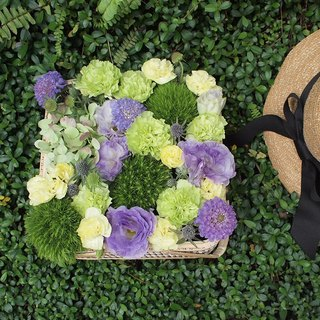 Garden Small Time - Flowers & Gifts Flowers picnic basket