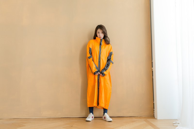 Relaxed front open one-piece raincoat - orange / iron gray