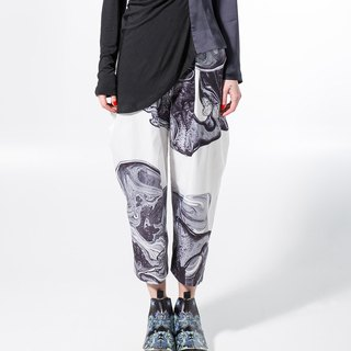 Black and white lava waist pants