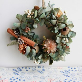Vintage style incense cinnamon curl fruit hydrangea wreath