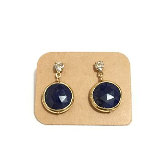 Simple sense sapphire earrings