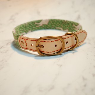 Dog pet collar l on the grass on the deer retro retro Japanese cloth with bells