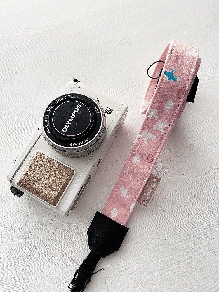 hairmo粉紅飛鳥相機背帶/手腕帶(相機/手機/證件)