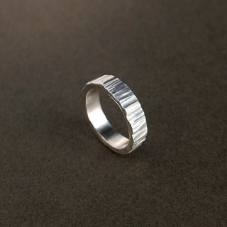 Rock Hand forged knock Silver Ring / Lasherweave Wide