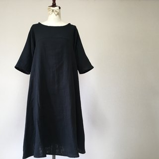 Double gauze simple plain flare one piece dress black quarter sleeve