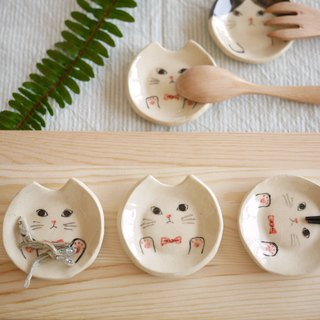 Cutlery rest of a cat【pink ribbon】
