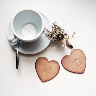 Heart-shaped leather coaster/lover kiss series (set of two)