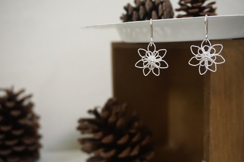 Sterling Silver Earrings/Happiness Flowers (Ear)