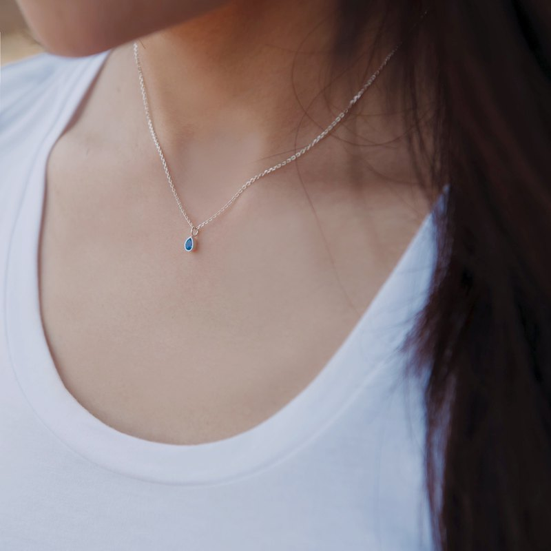 By chance - silver necklace / light blue