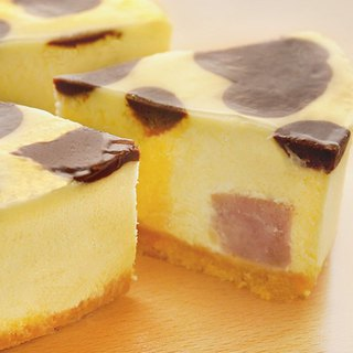 Dairy cheese cake (taro)